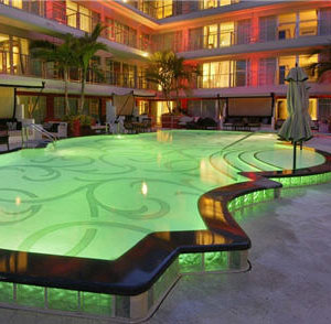 Hotel Victor - Key Largo, FL - Earthmark Pool Night