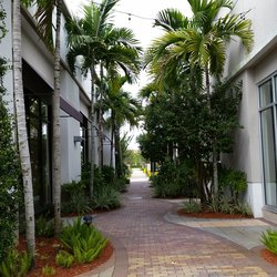 Promenade at Coconut Creek - Fort Lauderdale, FL - Woolbright Development Walkway