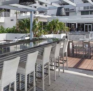 Monarc @ Met 3 - Deck Area - Miami, FL - ZOM Florida